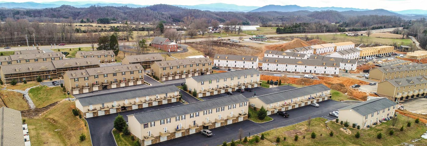Pickens Bridge Village Apartments and Townhomes for rent in Piney Flats TN